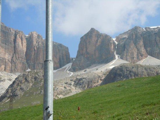 Alpes italianos, Italia: Il Gruppo del Sasso lungo dal Sass Pordoi