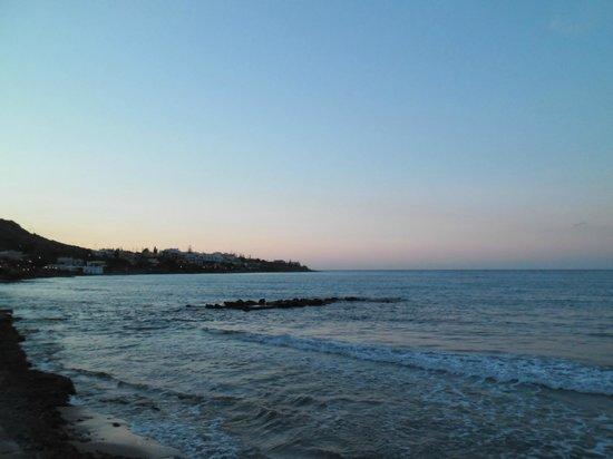 SENTIDO Blue Sea Beach : The view from the bar