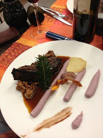 La Table d'Angèle : bavette d aloyau d angus, champignons des bois, purée surprenante