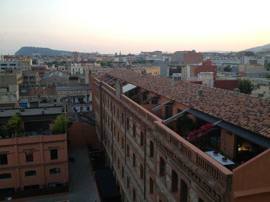 Hotel 4 Barcelona: Вид в сторону центра Барселоны