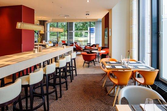 Novotel Berlin Mitte: Restaurant/Bar