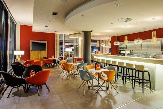 Novotel Berlin Mitte: Bar