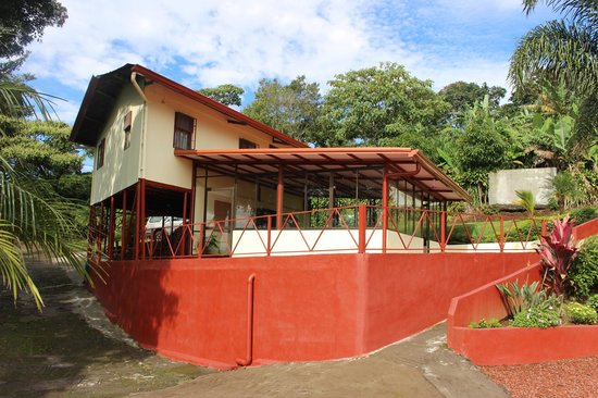 Hotel Mango Valley: Poas Cabinsl from poor araa