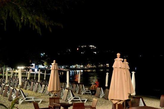 Imperial Boat House Beach Resort: dal ristorante dell'hotel