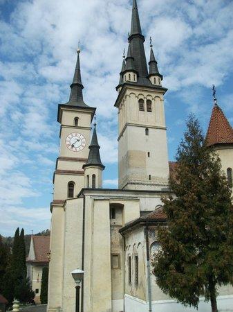 Sf. Nicolae (Saint Nicholas): Outside view