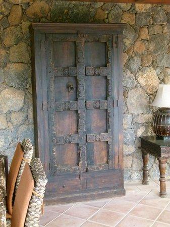 Hotel Boutique & Villas Oasis Casa Vieja: mobilia antica e particolare