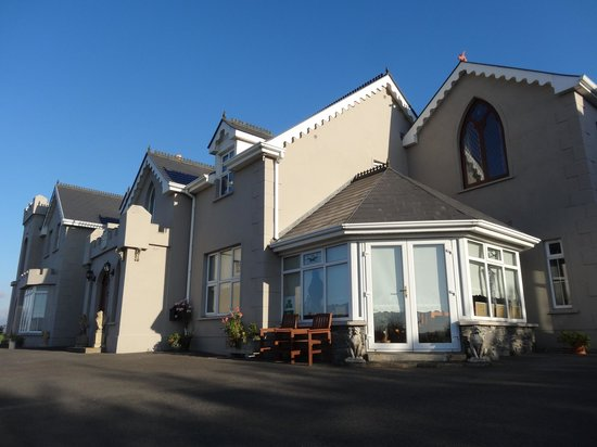 Rossmore Manor : Vue de l'extérieur