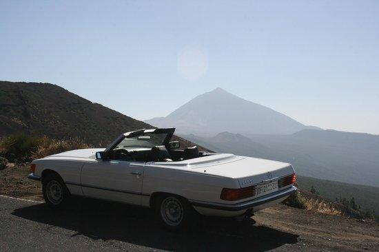 Classic Car Experience: Mercedes Benz 280 SL (1979)