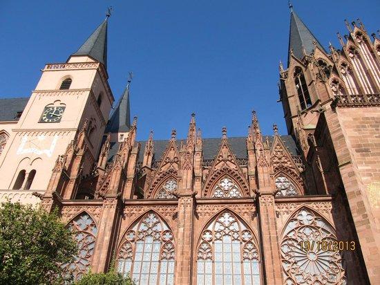 Oppenheim, Deutschland: Majestätisch