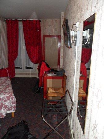 Grand Hotel de Paris: Room