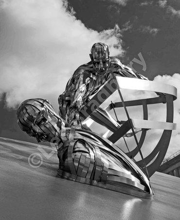 RNLI Memorial Sculpture: RNLI Memorial