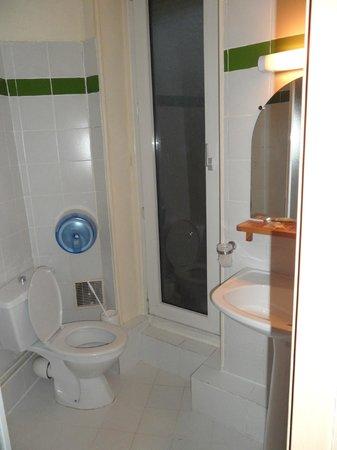 Grand Hotel de Paris: Bathroom