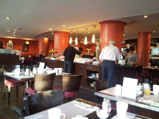 Hôtel Concorde Montparnasse: Desayunos