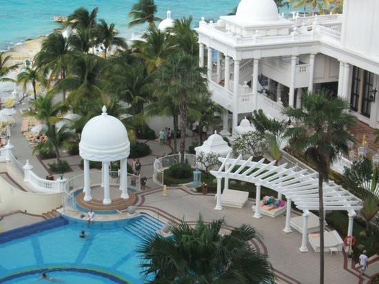 Hotel Riu Palace Las Americas: view from the bedroom