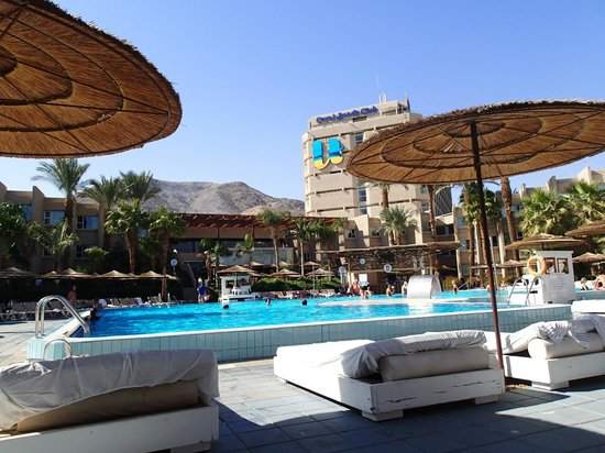 U Coral Beach Club Eilat: The pool