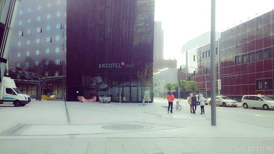 ARCOTEL Onyx: hotel view