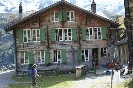 Berggasthaus Obersteinberg: Main Lodge, kitchen door at right  - Obersteinberg