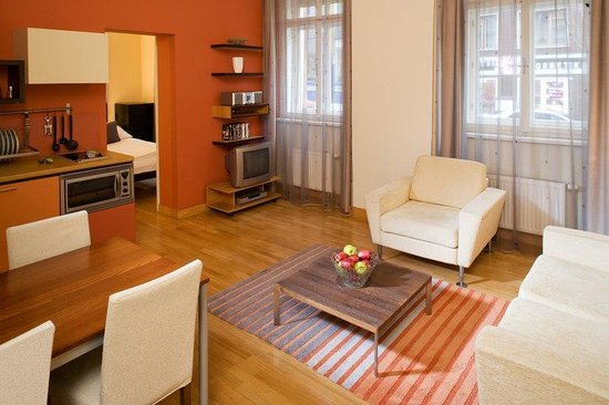 Mamaison Residence Belgicka Prague: One Bedroom Business Suite