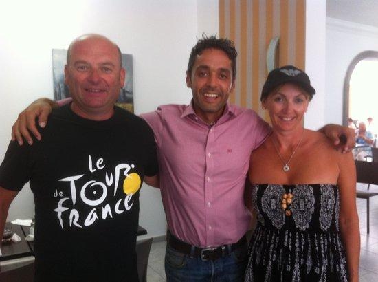 Ereza Apartamentos Los Hibiscos: With Reuben, the wonderful manager