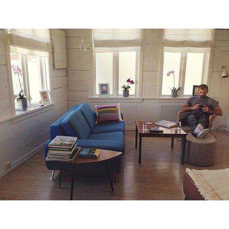 Sandvikstorget: The living room