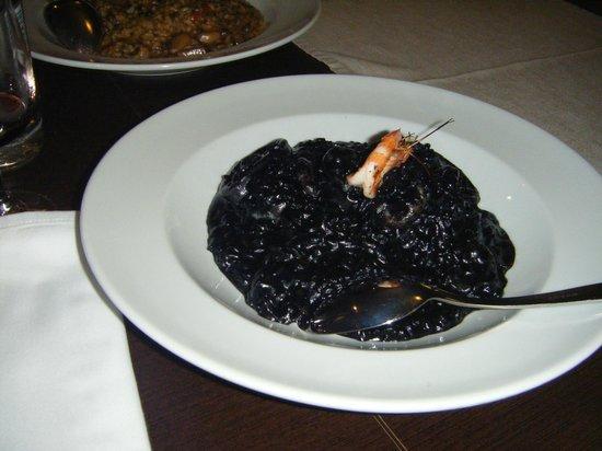 Riso8: rissoto negro