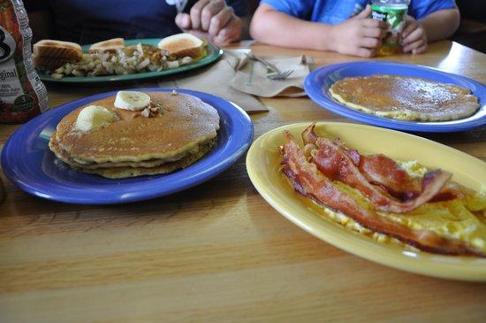 Stack 'em High Pancakes : yummy pancakes