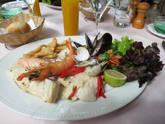 Garibaldi Restaurant: ассорти из рыбы и морепродуктов