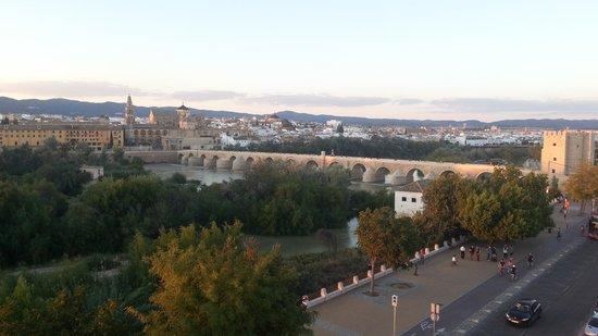 Hesperia Córdoba: dalla terrazza del bar dell'albergo