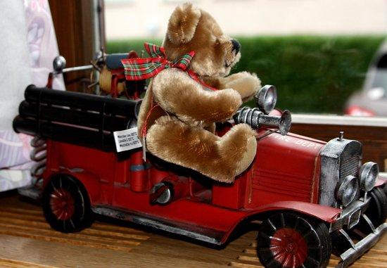 Teddybärenhotel Peterhof: Feuerwehr muss auch sein/ Dekobeispiel