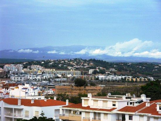 AquaLuz Suite Hotel : view towards the Monchique Mountains