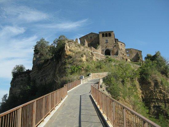 All Around Italy : Civita di Bagnoregio