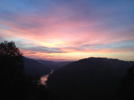 Cumberland Falls State Resort - Dupont Lodge: Sunrise at Dupont Lodge - not to be missed from the back deck area!