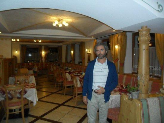 Hotel Alba: La sala del ristorane