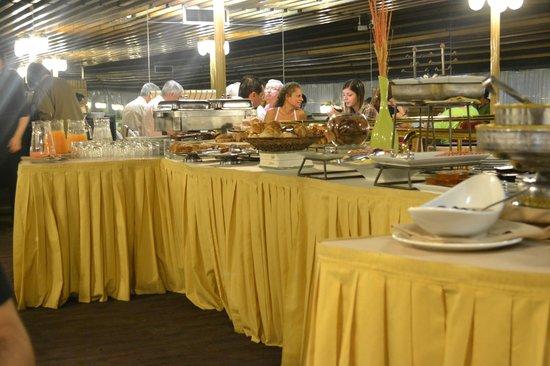 Regente Palace Hotel: Desayuno
