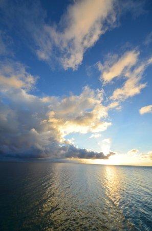 Royal Huahine : sunset time