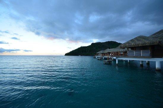 Royal Huahine : bungalows