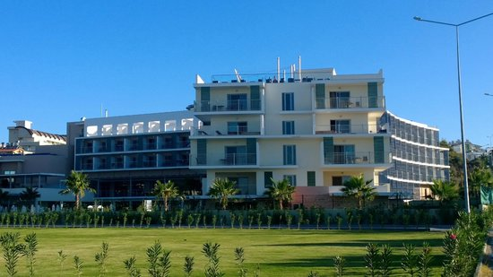 TUI Sensimar Andiz by Barut Hotels: View of Hotel - From rear showing jacuzzi rooms