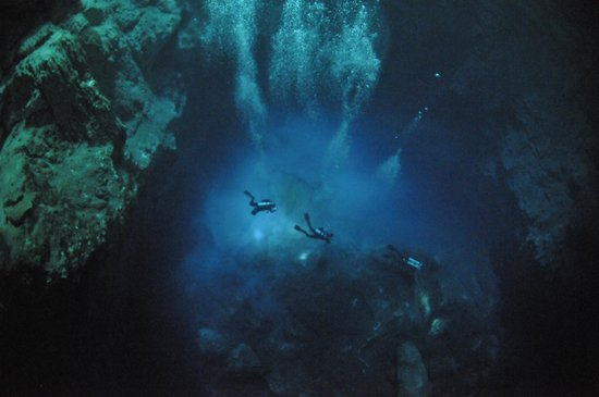 Deep Life Divers: Angelita Cenote