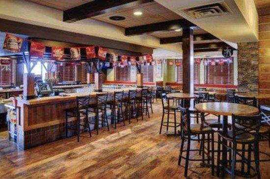 Lakeview Inns & Suites - Fort Saskatchewan: Interior