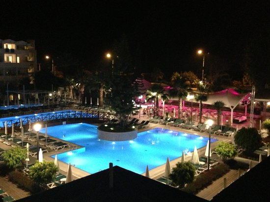 Side Resort Hotel: Kvällsvy!