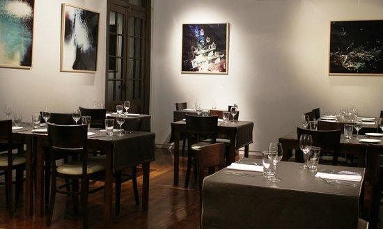 Primum Restaurant: Salón