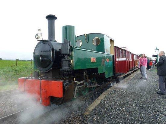 Lynton & Barnstaple Railway: Train Headed by 'Axe'