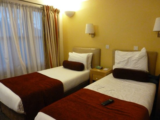 Regent Hotel : Room 208