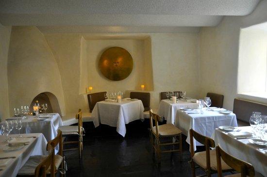 The Compound Restaurant : High-tech, minimalist decor.