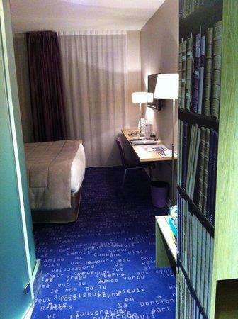 Hotel Anne de Bretagne : entrée chambre