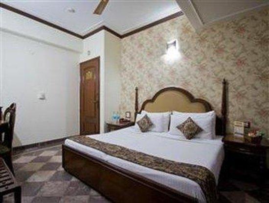 Hotel SunStar Grand: Standard Room