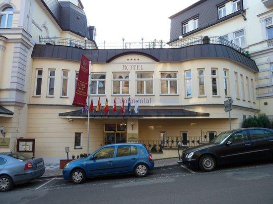 Hotel Continental: Seitenansicht
