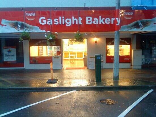 Gaslight Bakery: Gaslight Vic Ave