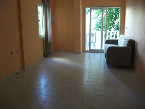 Hotel Lidya: furniture