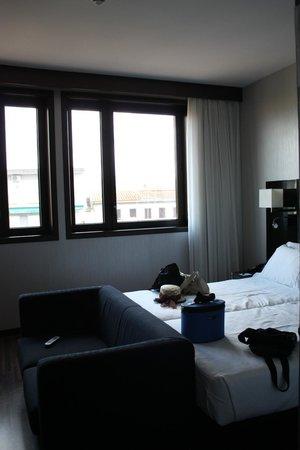AC Hotel Firenze: La gran claridad en las habitaciones fundamental.